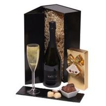 Picture of Bubbly and Chocs Gift Box