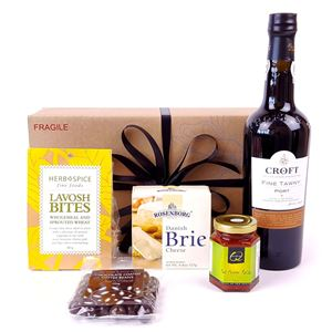 Picture of Port and Cheese Gift Hamper